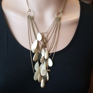Kenneth Cole dangly necklace